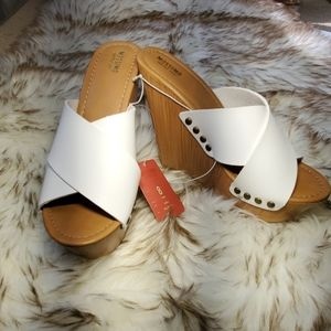 Wedge with white faux leather NWT
